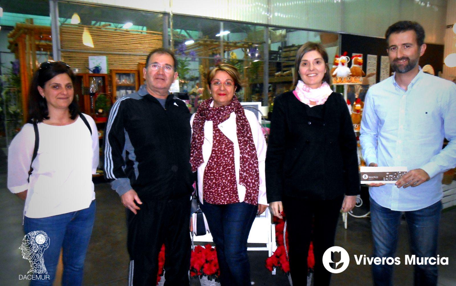 Viveros Murcia recauda 420€ en donativos para DACEMUR